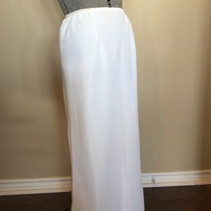 Vintage Ladies Floor Length White Half Slip